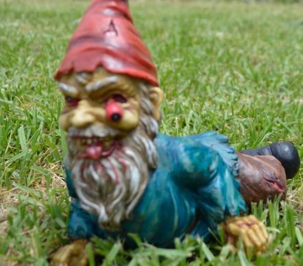 #garden gnome #zombie gnome