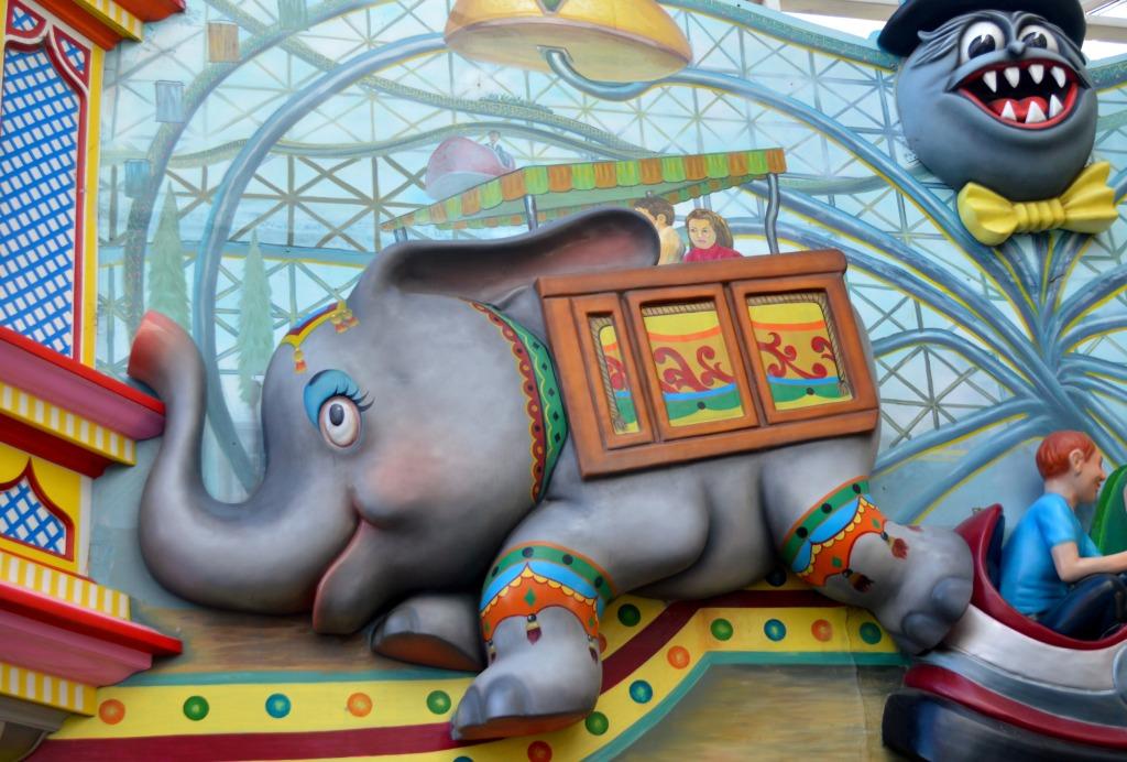 #kid's #ride #elephant #lunapark #melbourne