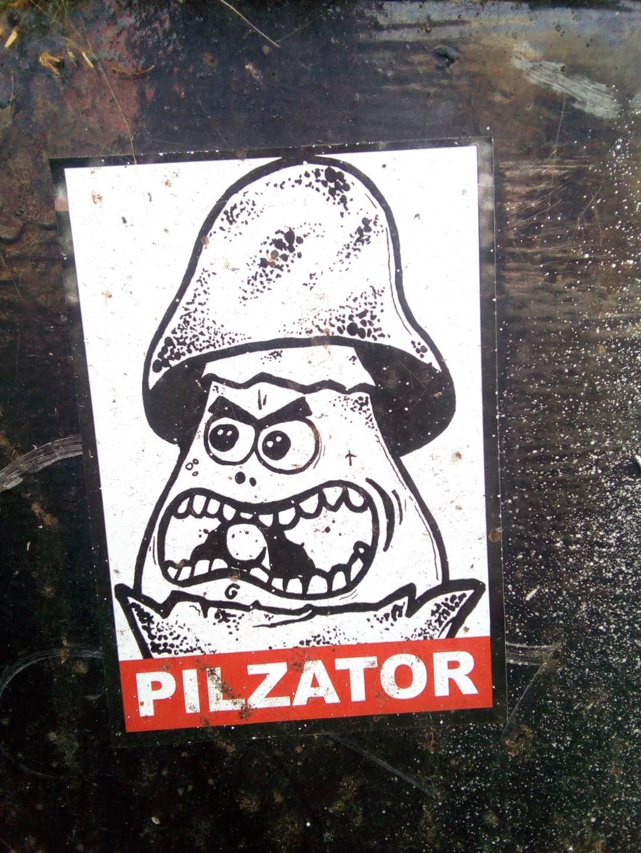 kitschig mushrrom street art