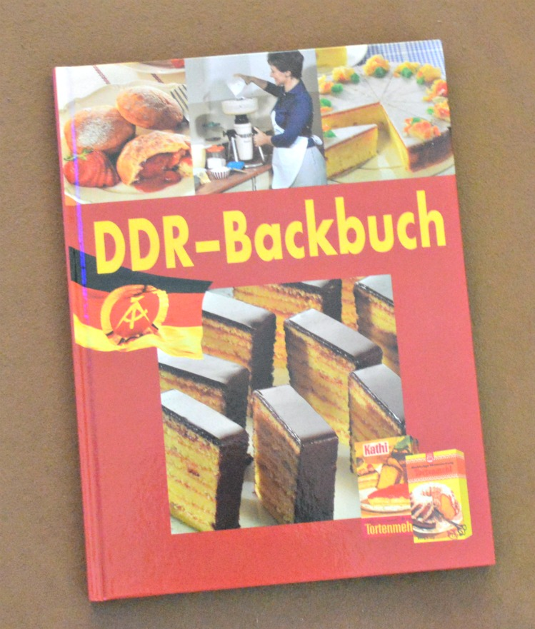 #kitsch DDR Backbuch be kitschig