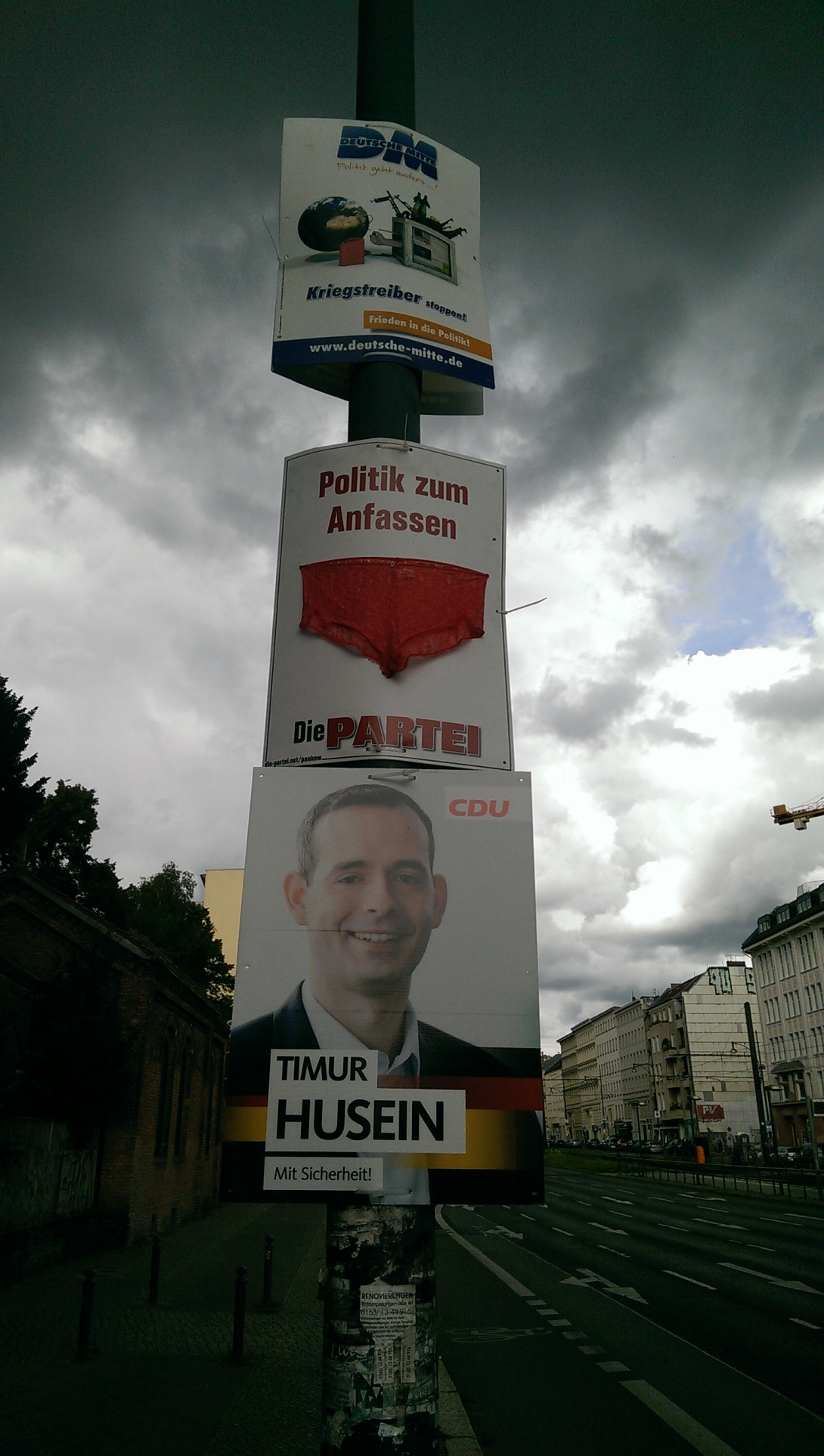 be kitschig election posters from Berlin