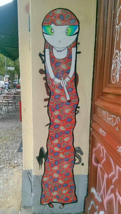 Lady in Red Street Art Berlin Prenzlauer Berg