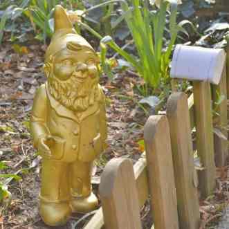 Berlins Gartenzwerg Heinrich Garden Gnome Gold