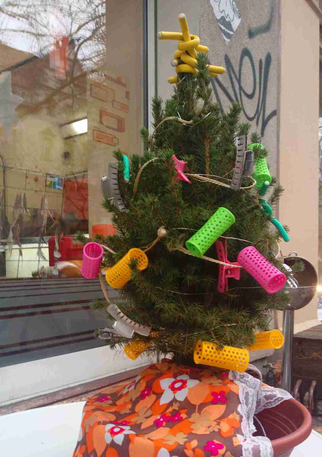 Weihnachtsbaum Christmas Tree at the hairdresser