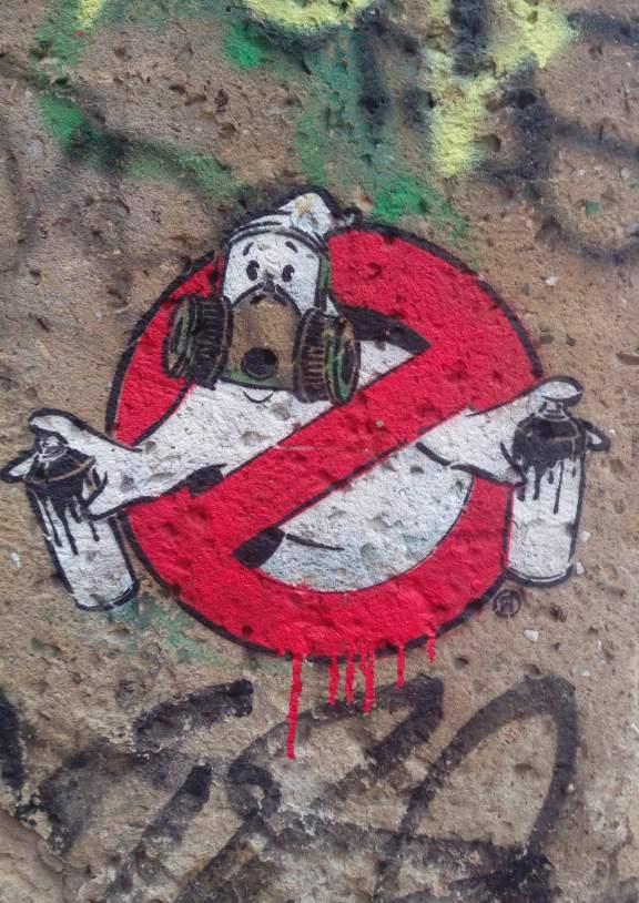 Grey is the new pink, graffiti police by Ostapstreetart berlin be kitschig blog