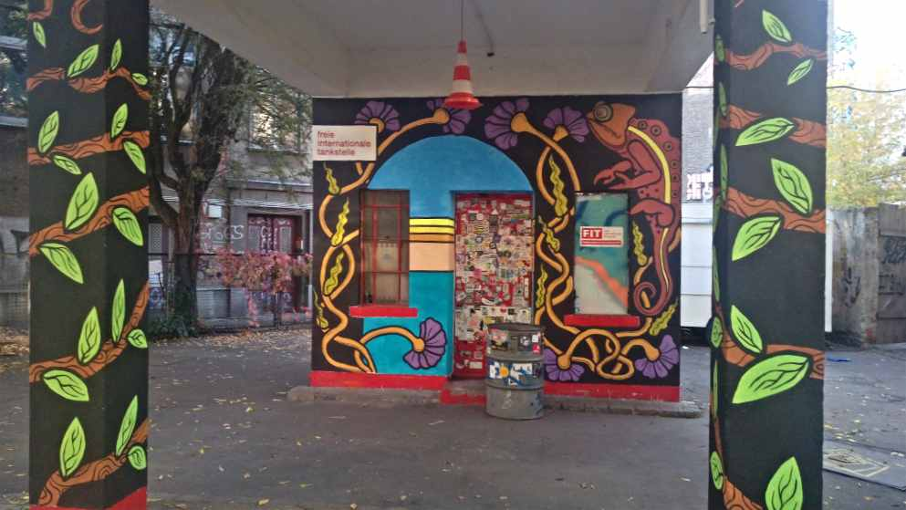 freie internationale tankstelle berlin mitte streetart be kitschig blog