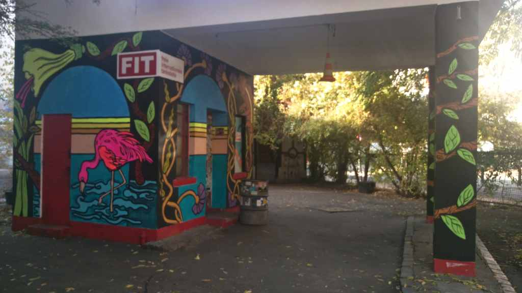 fit Berlin Mitte be kitschig blog art by Nomad Bastard Wandbrand