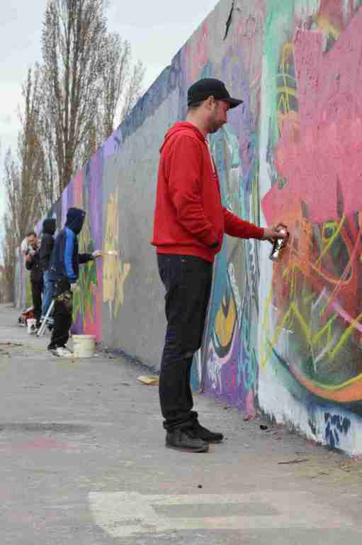 Men at Work Berlin Mauerpark #streetart Be kitschig blog