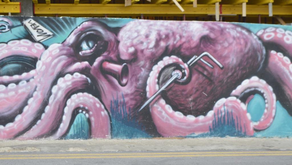 Street art in Malta Bugibba mural grafitti justinks be kitschig blog octopus